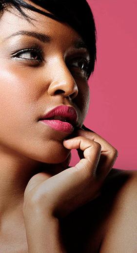 maquillaje para pieles oscuras